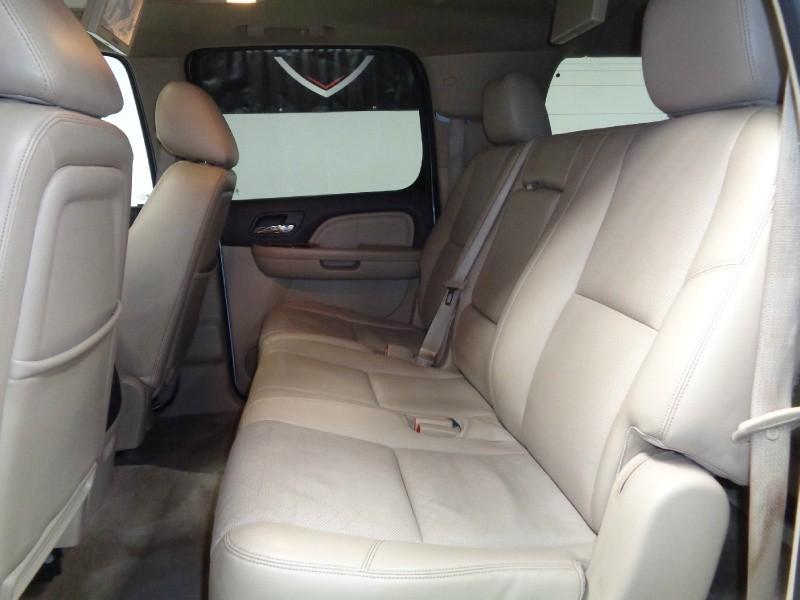 GMC Yukon XL 2012 price $16,995