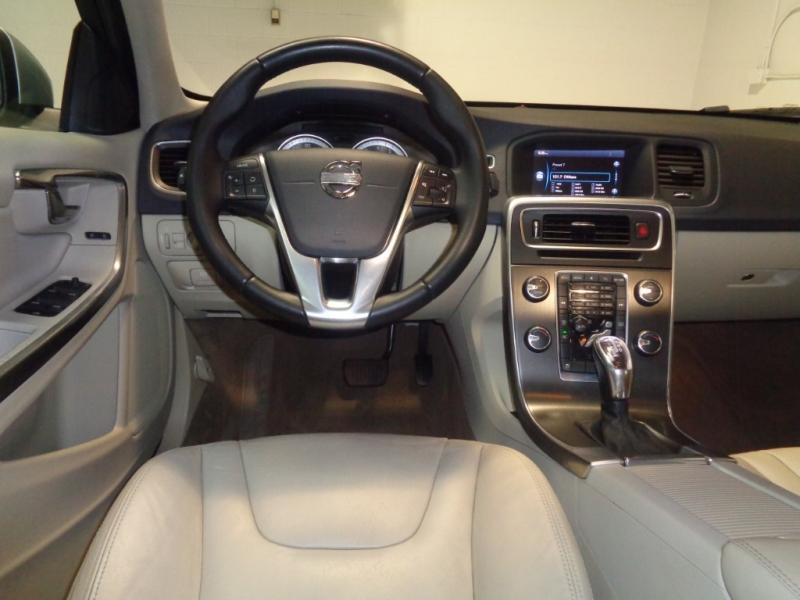 Volvo S 60 2013 price $9,795