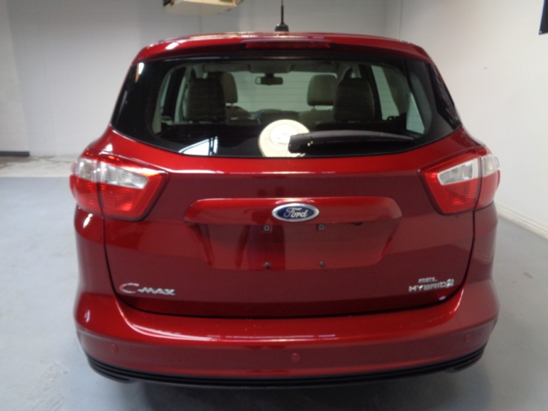 Ford C-Max Hybrid 2013 price $9,995