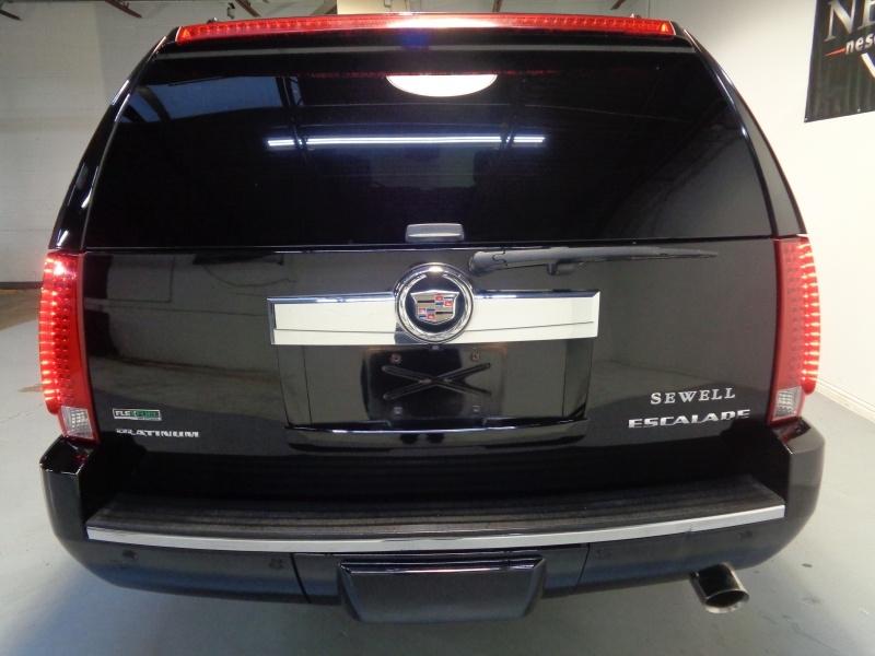 Cadillac Escalade ESV 2010 price $18,995
