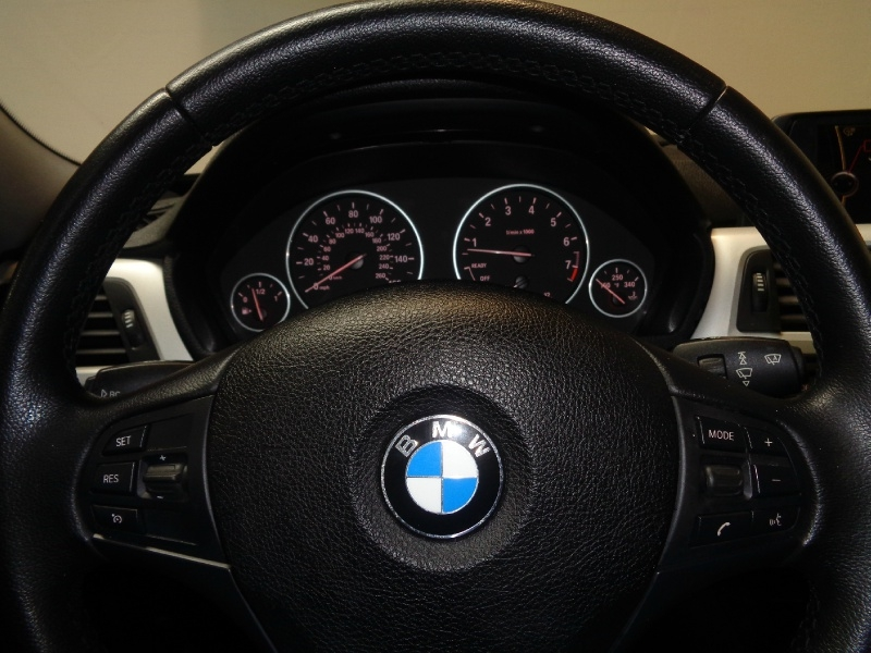 BMW 3-Series 2012 price $8,995