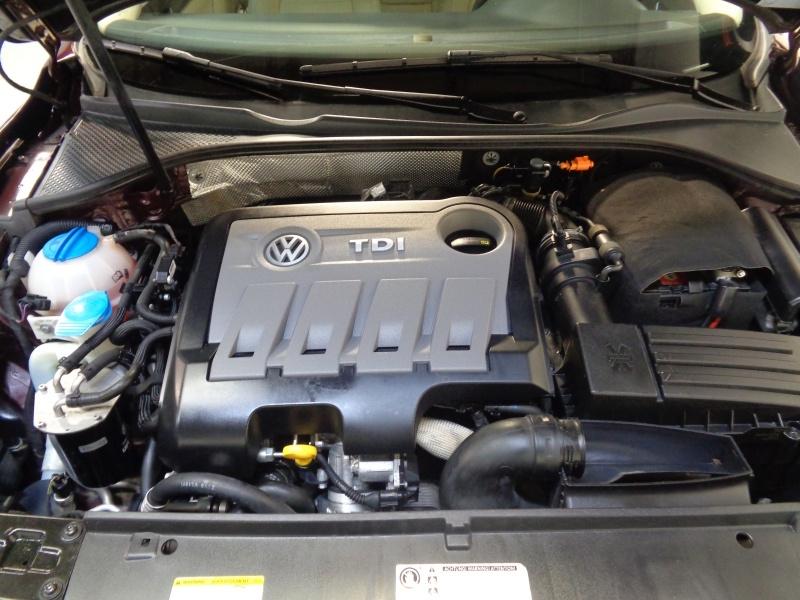 Volkswagen Passat 2014 price $9,795