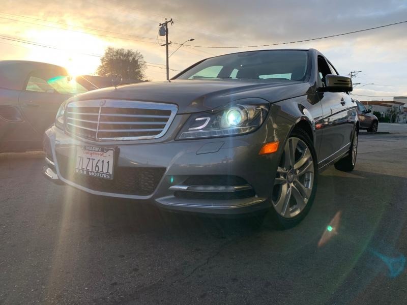Mercedes-Benz C250 2013 price $12,900