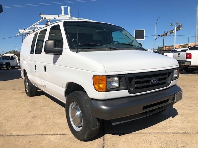 Ford Econoline Cargo Van 2006 price $9,995