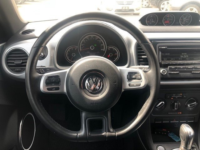 Volkswagen Beetle Coupe 2013 price $12,995