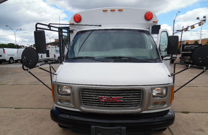 2001 gmc savana special 139 wb e23 at garland location hyatt imports inc dealership in carrollton hyatt imports inc