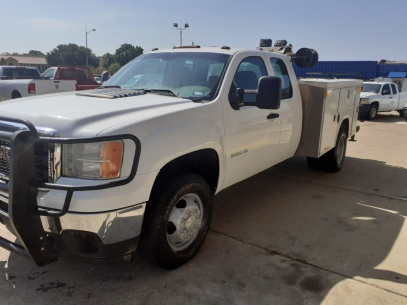 GMC Sierra 3500HD 2012 price $15,995