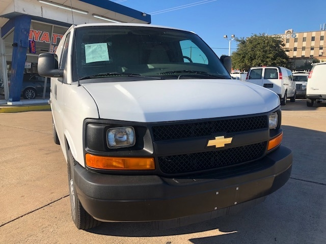 Chevrolet Express Cargo Van 2011 price $10,995