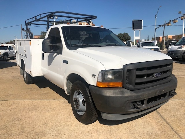 Ford Super Duty F-350 DRW 2001 price $9,995