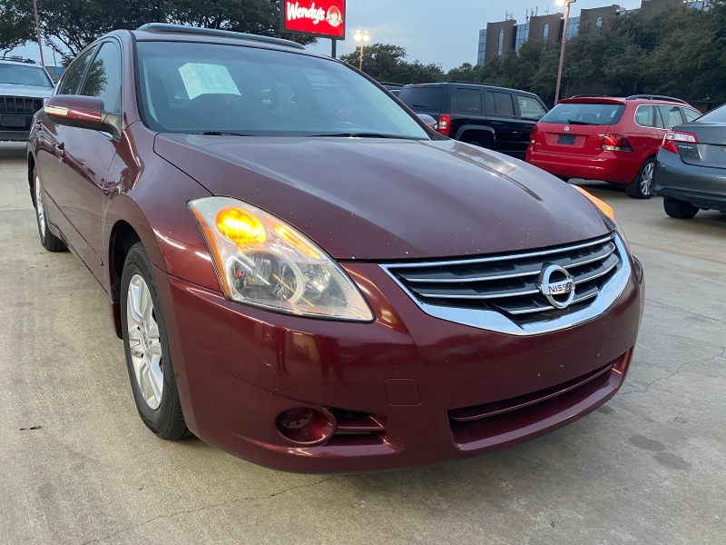 Nissan Altima 2010 price $9,995