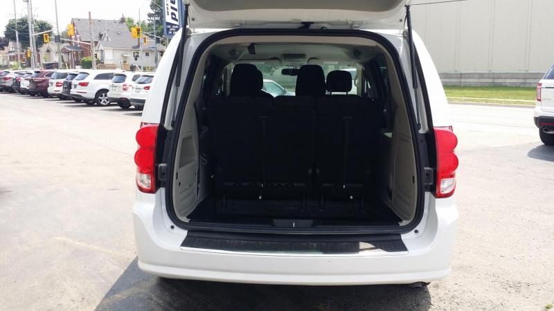 Dodge Grand Caravan 2017 price $13,888
