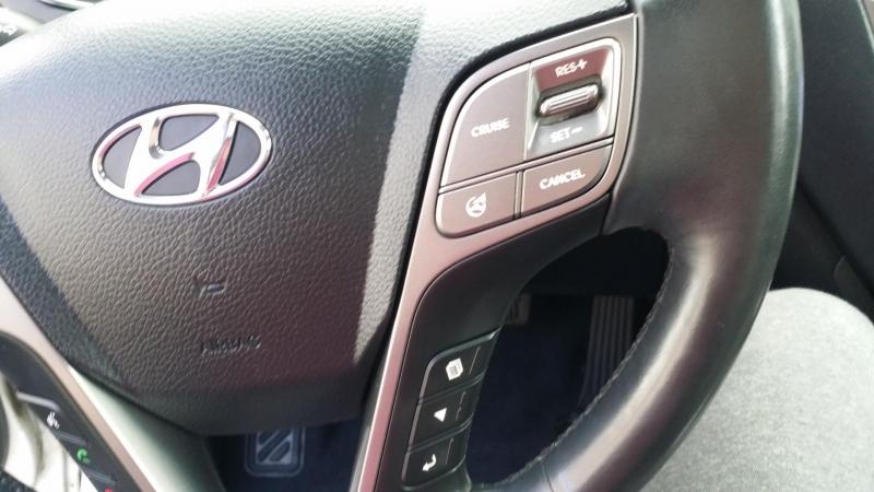 Hyundai Santa Fe 2014 price $16,488