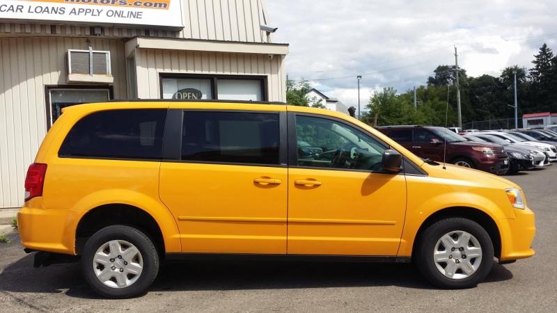 Dodge Grand Caravan 2011 price $15,999