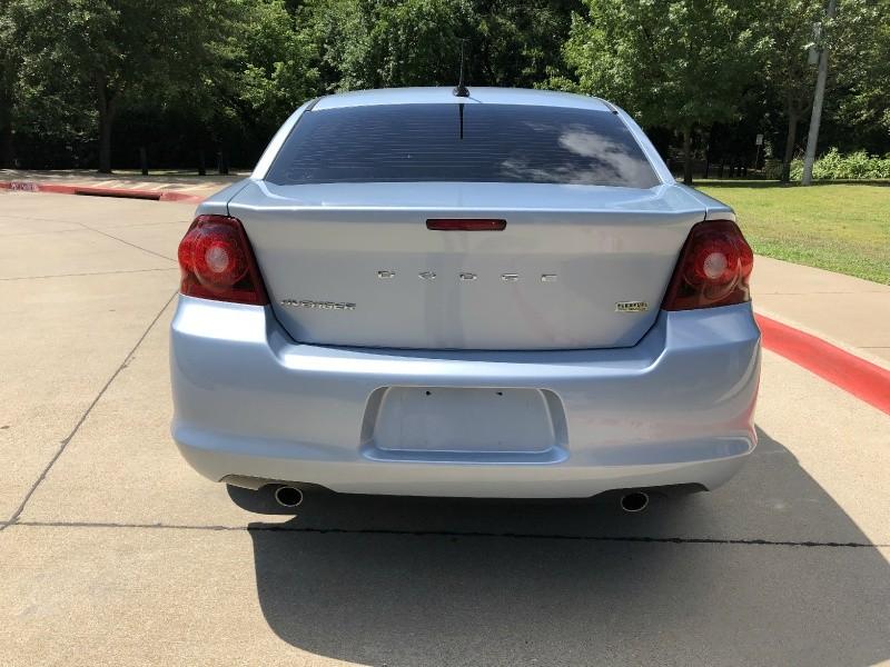 Dodge Avenger 2013 price $9,999
