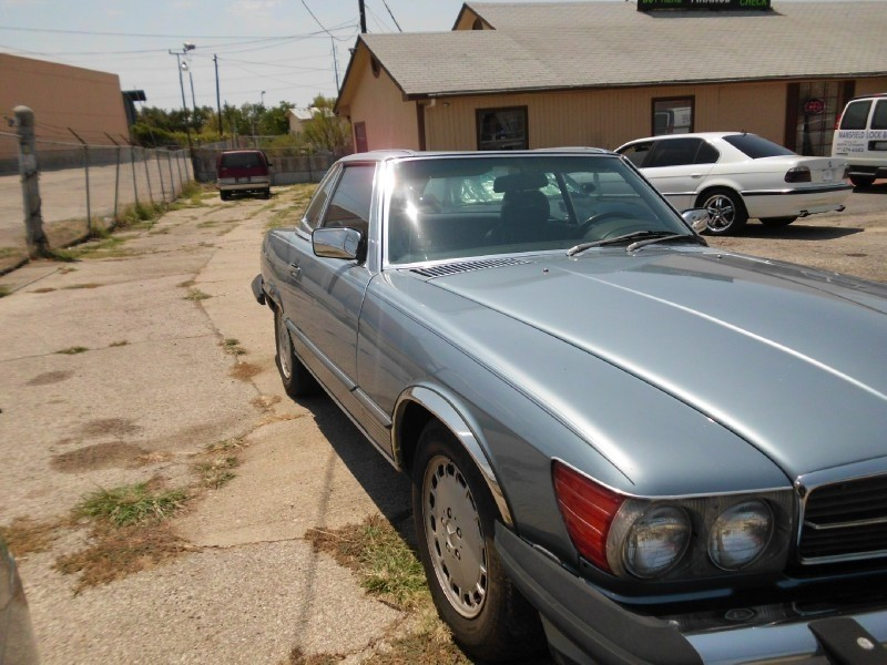 Mercedes-Benz 560 Series 1987 price Call Dealer for price