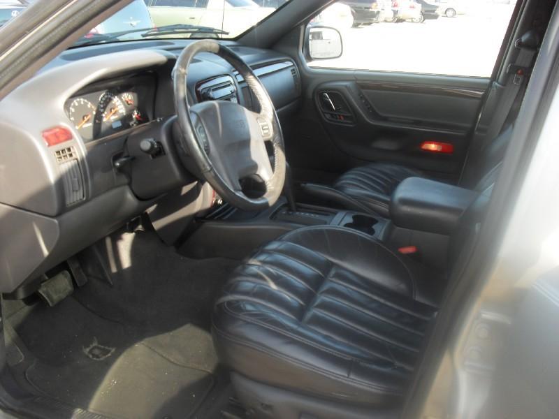 Jeep Grand Cherokee 2000 price Call Dealer