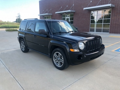 2009 Jeep Patriot FWD 4dr Sport*SUPER NICE AND EXTREMELY CLEAN*RUNS FANTASTIC*BETTER HURRY ON THIS!!