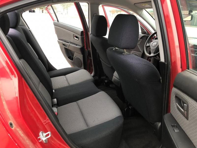 Mazda Mazda3 2006 price $3,998