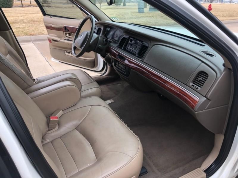 Mercury Grand Marquis 2002 price $3,998
