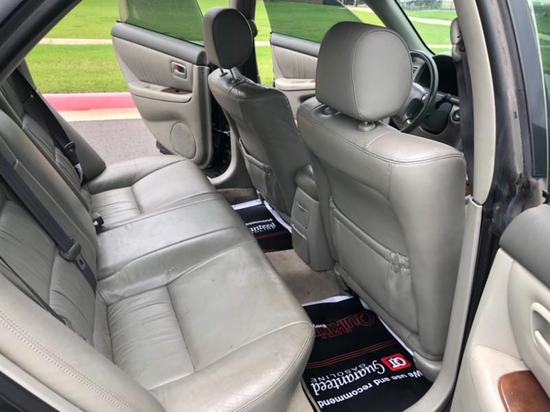 Lexus ES 300 2000 price $1,998