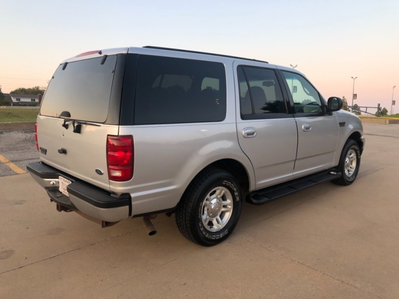 Ford Expedition 2001 price $3,998