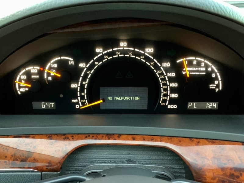 Mercedes-Benz S-Class 2004 price $8,995