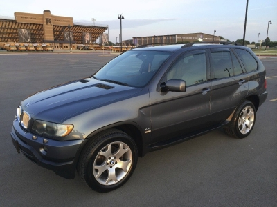 SUPER CLEAN AND GORGEOUS 2003 BMW X5 X5 4dr AWD 4.4i