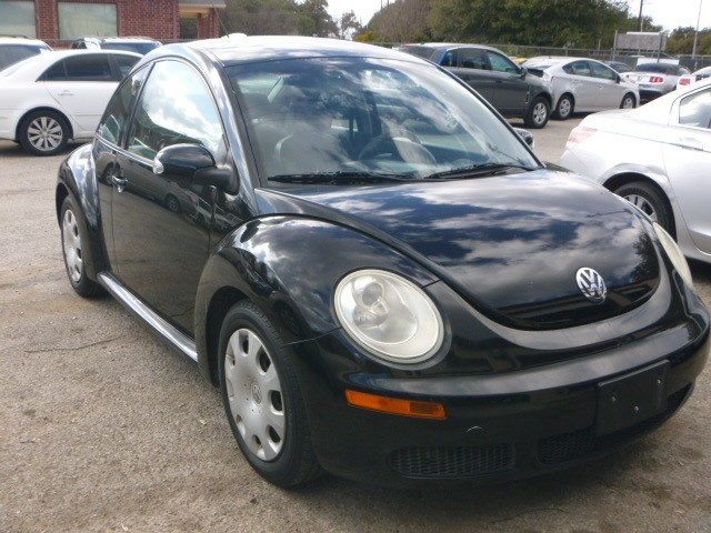 2010 Volkswagen New Beetle Coupe