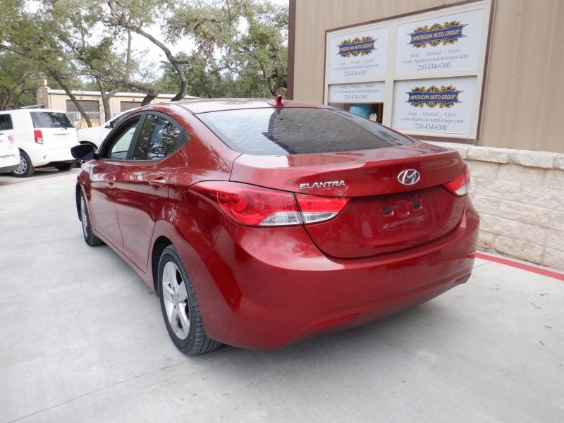 Hyundai Elantra 2012 price $5,300