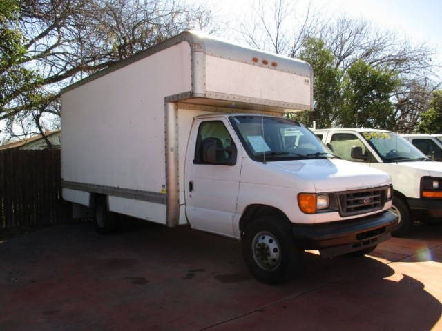 2004 Ford Econoline Commercial Cutaway
