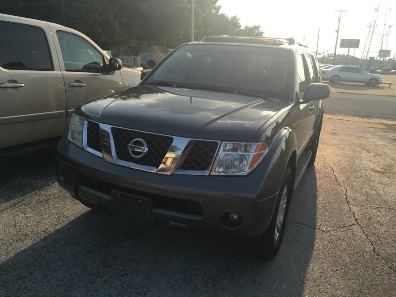 Nissan Pathfinder 2006 price $5,750