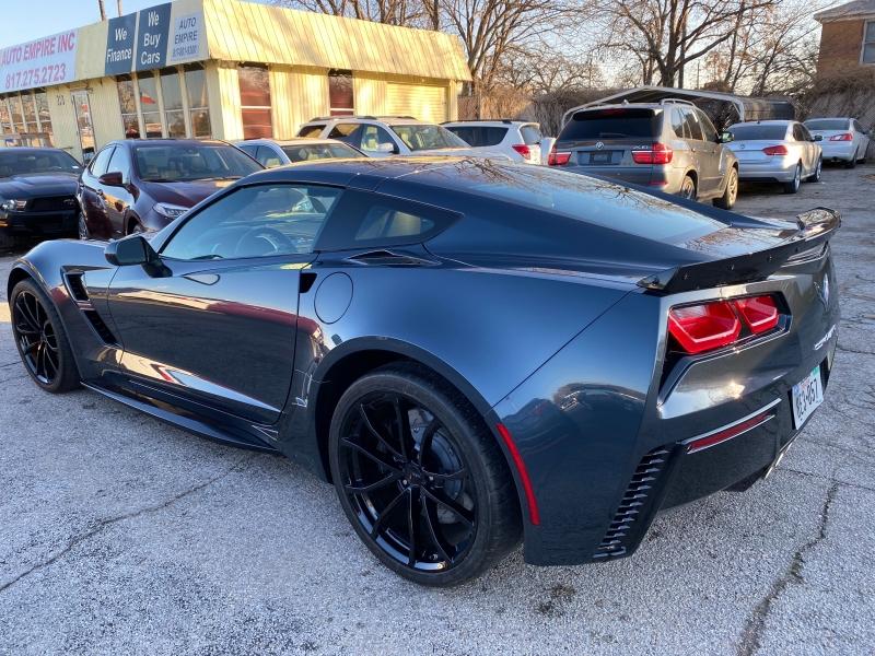 Chevrolet Corvette 2019 price $53,995