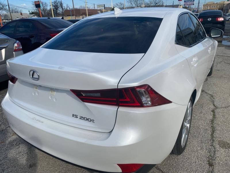Lexus IS 200t 2016 price $20,700