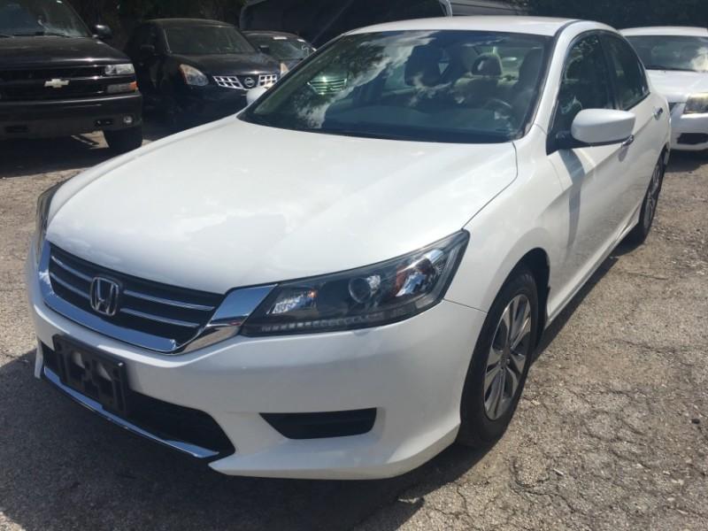 Honda Accord Sedan 2014 price $15,995
