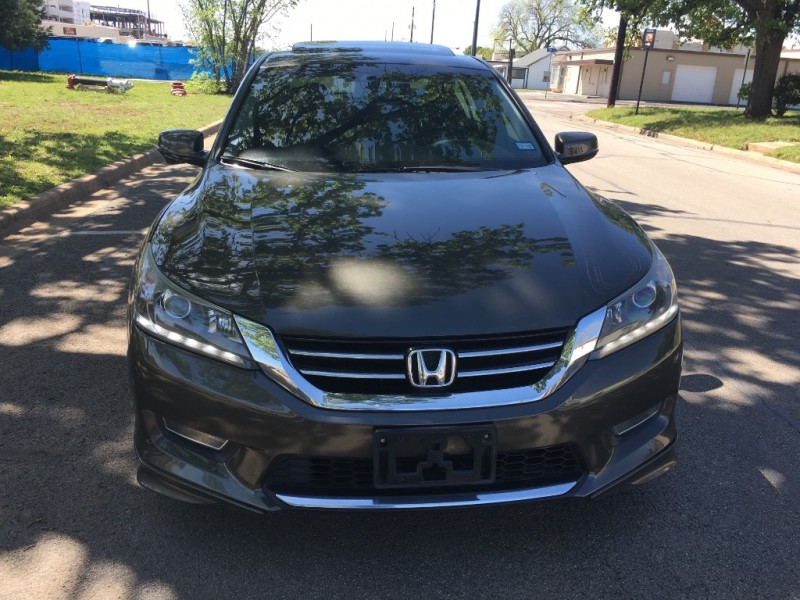 Honda Accord Sdn 2013 price $13,995