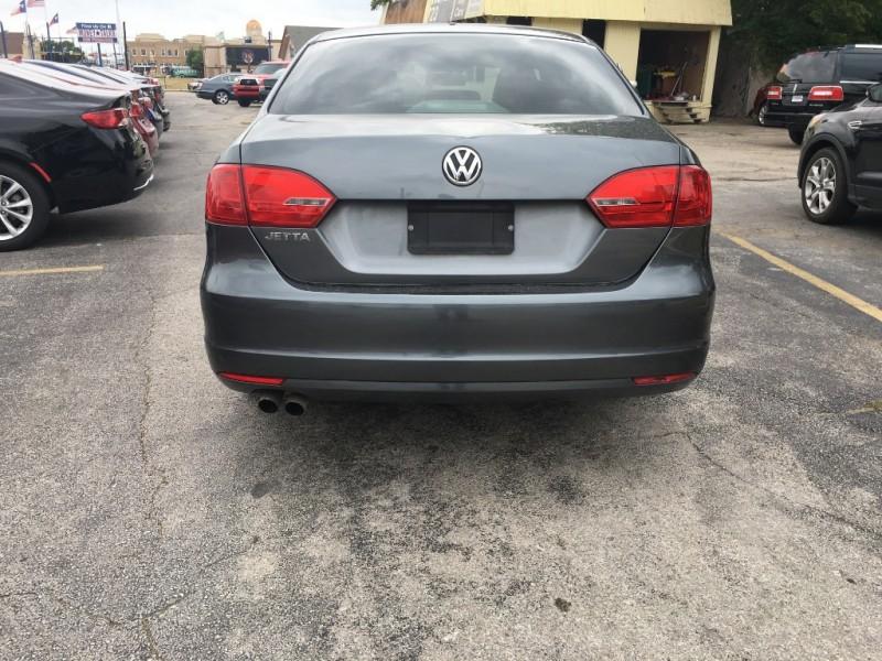 Volkswagen Jetta Sedan 2013 price $4,950