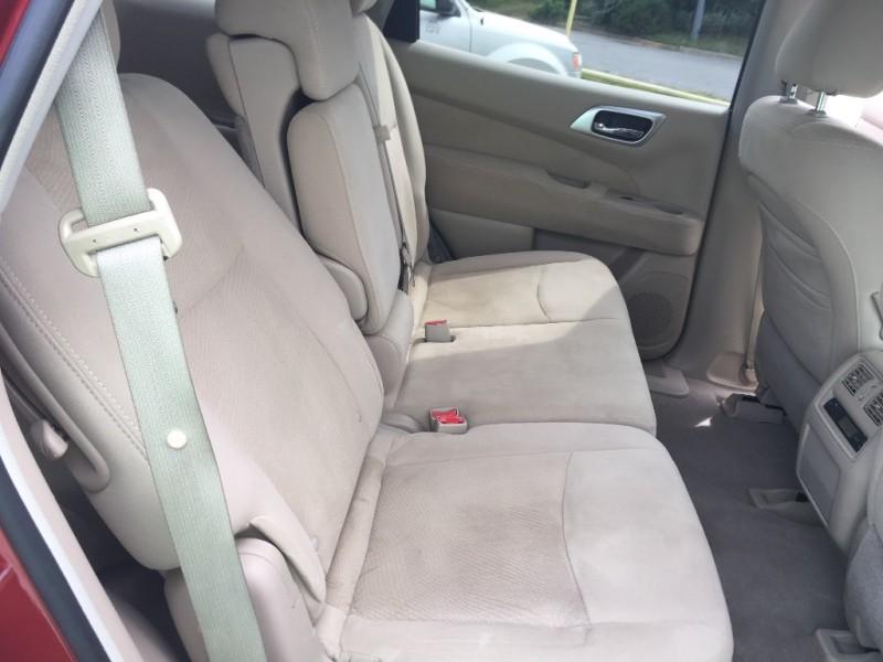 Nissan Pathfinder 2013 price $11,995