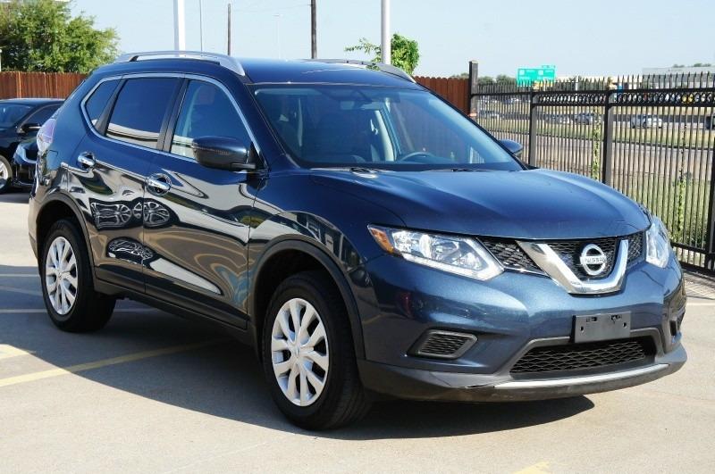 Nissan Rogue 2016 price $12,977