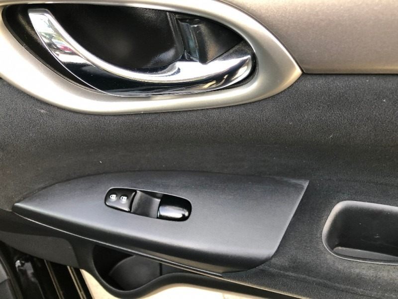 Nissan Sentra 2013 price $6,977