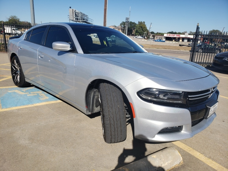 Dodge Charger 2015 price $15,997
