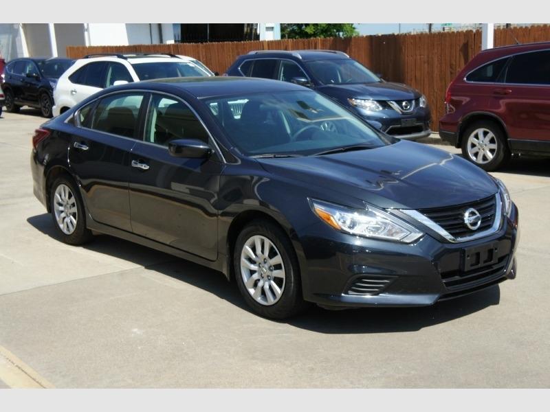 Nissan Altima 2018 price $13,700