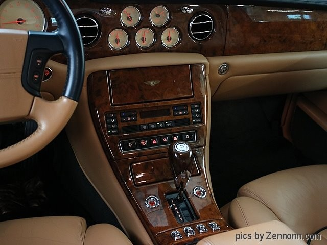 Bentley Arnage 2001 price $30,990