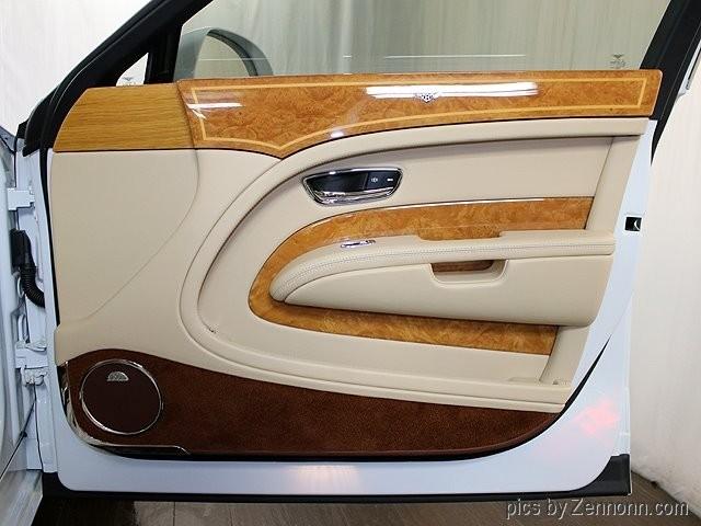 Bentley Mulsanne 2012 price $118,990