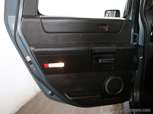 Hummer H2 2005 price $21,990