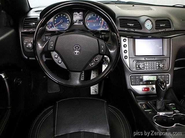 Maserati GranTurismo S Convertible 2011 price $41,990