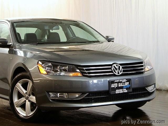 Volkswagen Passat 2015 price $13,490