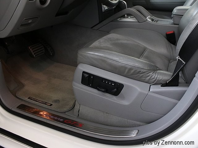 Porsche Cayenne 2008 price $19,990