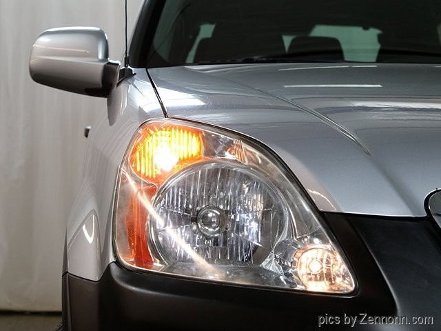 Honda CR-V 2004 price $5,990