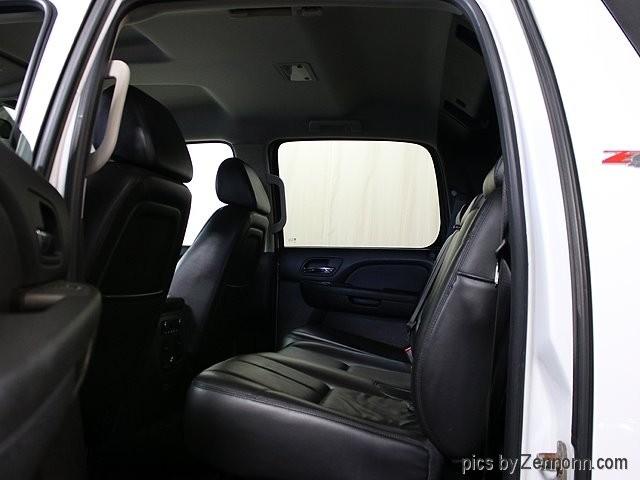 Chevrolet Avalanche 2009 price $14,990
