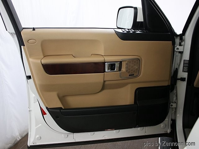 Land Rover Range Rover 2011 price $23,990